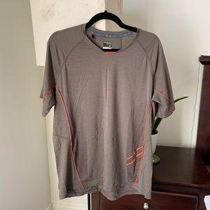 Icebreaker merino wool t-shirt men's large